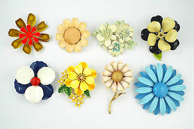 "1970s- Lot of 8 VINTAGE ""FLOWER POWER"" ENAMEL PINS/BROOCHES"