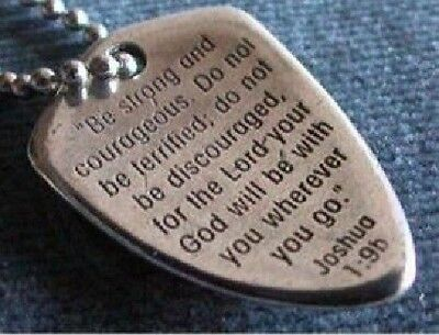 Shield of Faith Small Necklace Pendant with Silver Chain Carded 7913