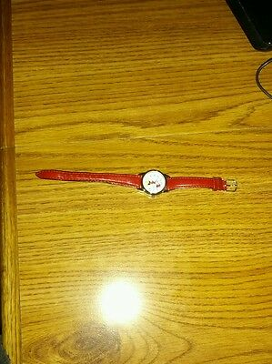 DISNEY Mickey Mouse Watch  SMAL Face Lorus,Vintage WORKING  SILVER tone USED