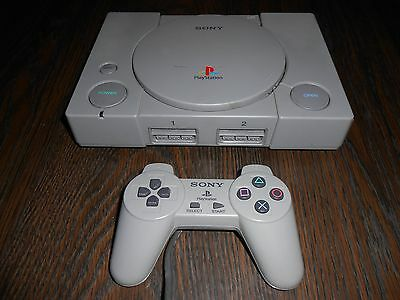 Sony PlayStation 1 Gray Console With Controller!