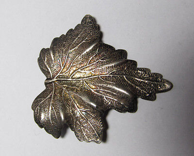 VINTAGE TIFFANY & Co. STERLING SILVER LEAF PIN BROOCH