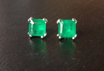 Stunning! New Authentic 2CTW  Emerald Doublet Sterling Silver 925 Earring Studs