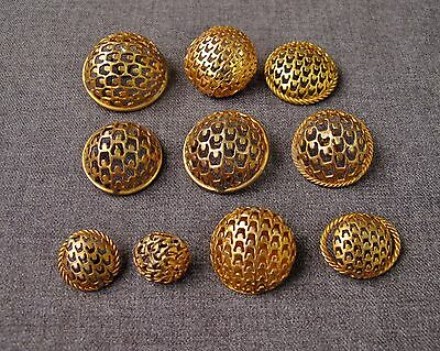10 VINTAGE ARTISAN CRAFTED FILIGREE GOLDEN PLATED BUTTONS LOT     #4386