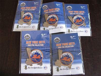 LOT OF FIVE 2005 NEW YORK METS PINS WORLD SERIES DATES -ORIGINAL CARDS NY TIMES