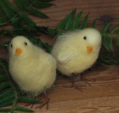 2 Assorted Wool Chicks  - - Felted Wool ---- Easter Chicks / Peeps