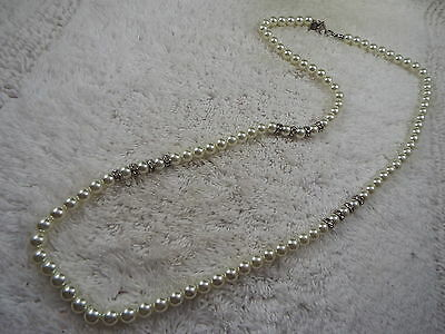 Rhinestone White Glass Pearl Necklace (D12)