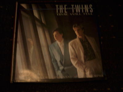 """THE TWINS-TIME WILL TELL 1987 GERMAN 12""""  SINGLE CHEAP"""