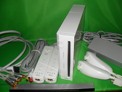 Wii System Console System 2 Player & Gamecube Ready With Component HDTV Cable
