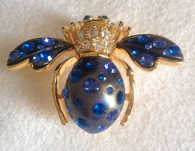 Joan Rivers BLUE Crystal COSMO BEE Gold Tone Pin Brooch NEW w/Pouch