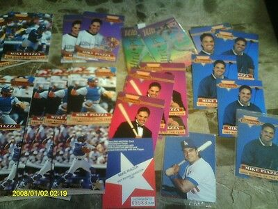 10CT  MIKE PIAZZA ROOKIE SENSATION 1993 #/10000 + 21 ULTRA PRO 7DIF+ 9 MOTHERS