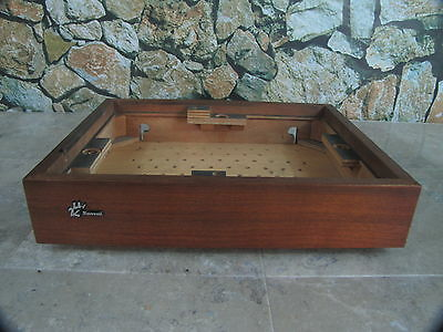 SANSUI SR-1050C TURNTABLE WOOD BASE EXCELLENT CONDITION WITH BOTTOM & NAME BADGE