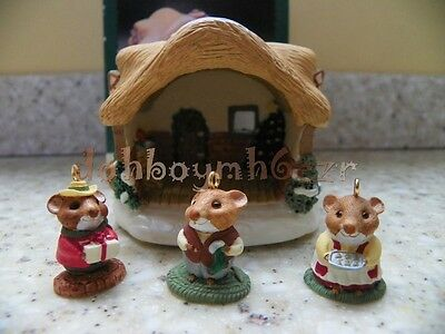 Hallmark 1995 Miniature A Moustershire Christmas Ornament set