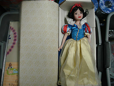 FRANKLIN HEIRLOOM DISNEY SNOW WHITE PORCELEN DOLL MINT W/ BOX PACKING COLLECTORS