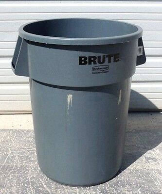 "Rubbermaid Brute Trash Can, Utility Container 2643, Grey, 44 Gal., 31"" H X 24"" D"
