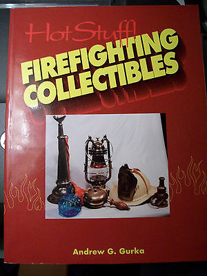 FIRE FIGHTING PRICE VALUE COLLECTOR'S BOOK Nozzles Lantern Button Pins Hats Toy