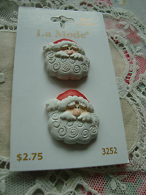 Card: 2 Father Christmas Head  Hand Painted Realistic Plastic Buttons