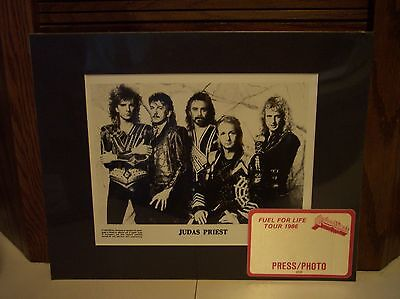 Judas Priest Band 1986 Fuel For Life Tour Matted Photo & Concert Press Pass