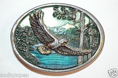 WOW Vintage Eagle Soaring 1981 Nature Solid Colored 3D Pewter Belt Buckle Rare