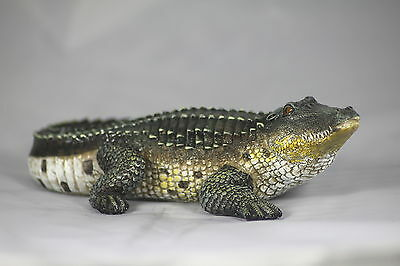 CRIKEY A CROC!! 8 inch CROCODILE/ALLIGATOR MODEL, 20cm, CROCODILE GIFT & PRESENT