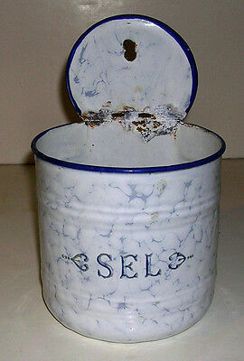 Vintage French Snow on the Mountain Graniteware Sel / Salt Wall Mount Box France