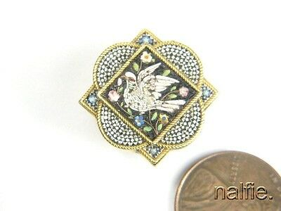ANTIQUE VICTORIAN PERIOD 14K GOLD FINELY CRAFTED DOVE MICROMOSAIC STUD c1880
