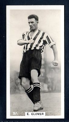 J. A. PATTREIOUEX FOOTBALLERS IN ACTION No.51 E. GLOVER-GRIMSBY TOWN