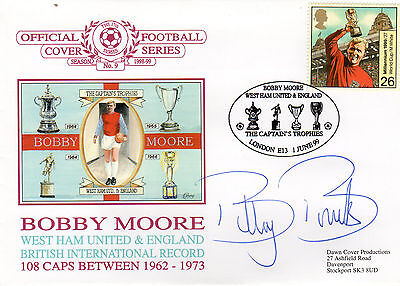 BOBBY MOORE official signed WEST HAM & ENGLAND FDC - BILLY BONDS