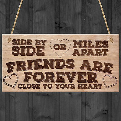 Close Friends Are Forever Love Best Friendship Heart Gift Hanging Wooden Plaque