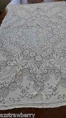 "Vintage Ecru color Lace Tablecloth floral patern Quaker 46"" x 62"" table decor"