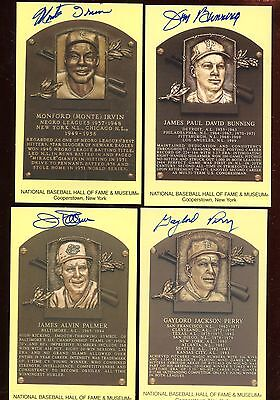 Yellow Hall of Fame Plaque Group of 10 Autographed Hologram