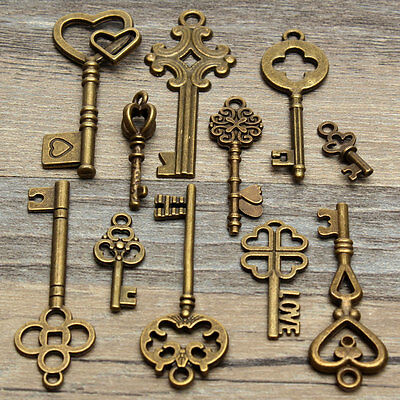 11pcs Vintage Old Look Bronze Skeleton Keys Pendant Heart Bow Lock Steampunk Set