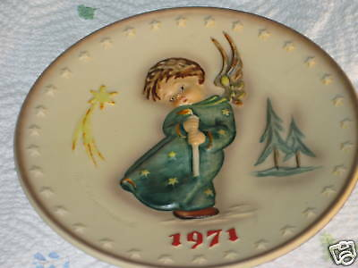"Hummel 1971 First Annual Plate ""Heavenly Angel"" Hum 264"