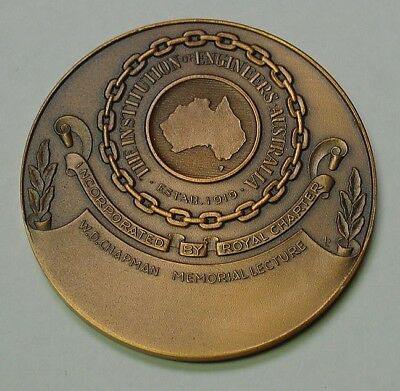 Australia, Engineers Institution Australia, large cased medal in box of issue.