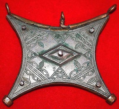 Antique African Tuareg Tcherot Amulet Tribal Pendant Collected In Niger, Africa