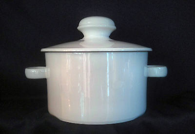 Midwinter STONEHENGE WHITE - Covered Casserole Dish