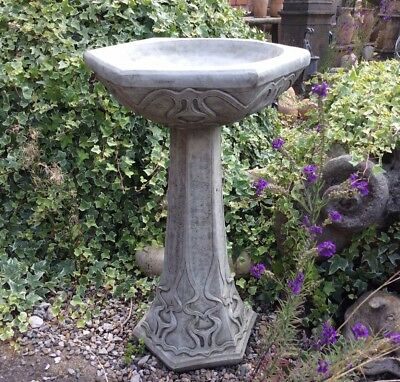 Stone Garden Art Deco Hexagonal Bird Bath / Feeder Ornament