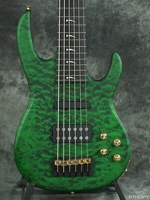 Carvin Lb76 Satin Green Quilted Maple 6 String Bass Guitar & Tolex Case Lb 76