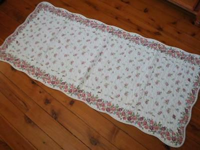 Shabby Rose Quilted Cotton Mat Floor Bed Runner 90x152cm