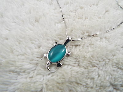 Silvertone Blue Cat's Eye Glass TURTLE Pendant Necklace (B4)