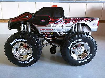 Toy State Road Rippers SNAKE BITE Wheelie Monster Truck w Music Sound Motion