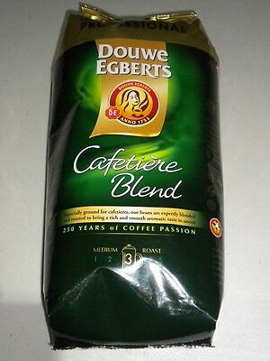 DOUWE EGBERTS CAFETIERE BLEND GROUND COFFEE MEDIUM STRENGTH 3/5 1Kg BAG