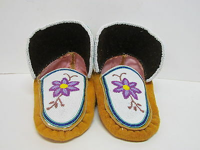 Native American Full Beaded Moccasins 9 Inches Beautiful Flower Design