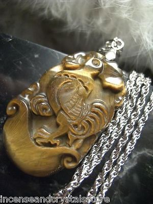 TIGER EYE Hand Carved Chinese Zodiac 35mm Pendant/Chain.Year Of The ROOSTER