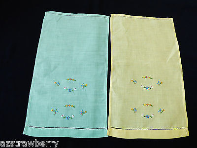 VTG lot of 2 Yellow & Green Embroidery Table Doily Center Dresser Table Decor