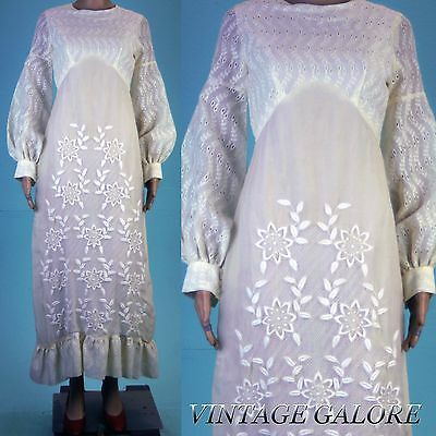 VTG Stunning embroidered hippie long sleeve timeless 70s wedding dress gown S M