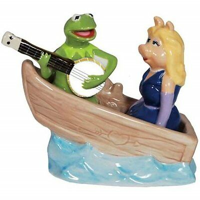 The Muppets Kermit & Miss Piggy in a Boat Ceramic Salt and Pepper Shakers SEALED