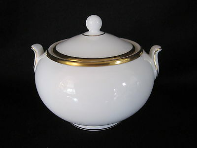 Wedgwood - CALIFORNIA - Covered Sugar Bowl - BRAND NEW