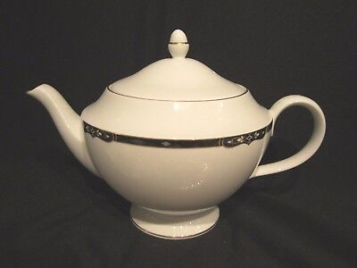 Wedgwood PRESTON - Teapot