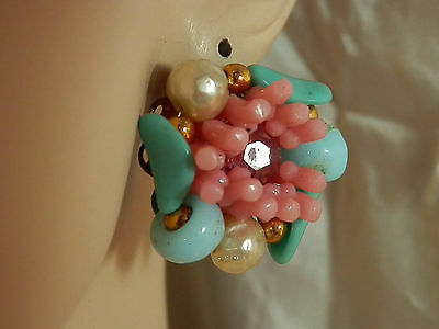 Unusually Pretty Hand Wind Pink Blue Vintage 50s Lucite Earrings1471n4