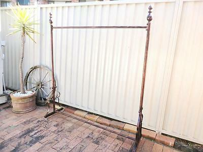 Quality Decorative Iron Clothes Rack Dress Rail Display Home Shop DRS003-CPR